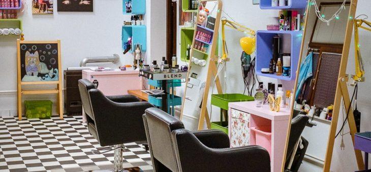 Malo smo obnovili naš frizerski salon ;)
