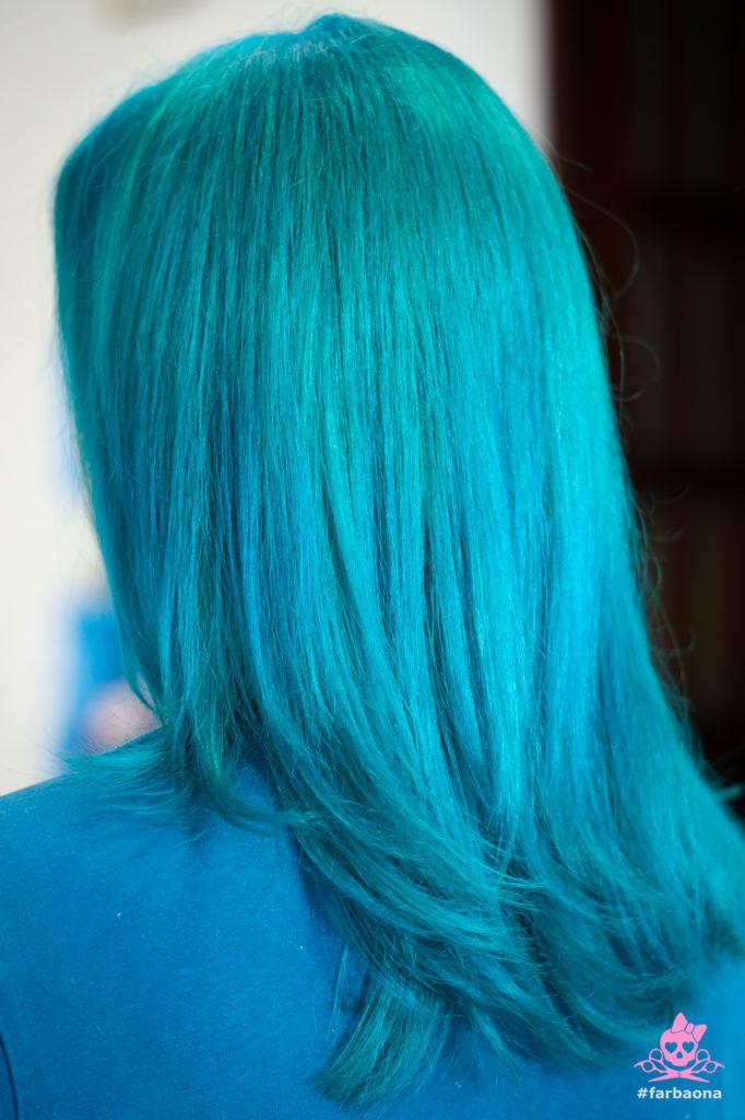 Tirkizna boja kose