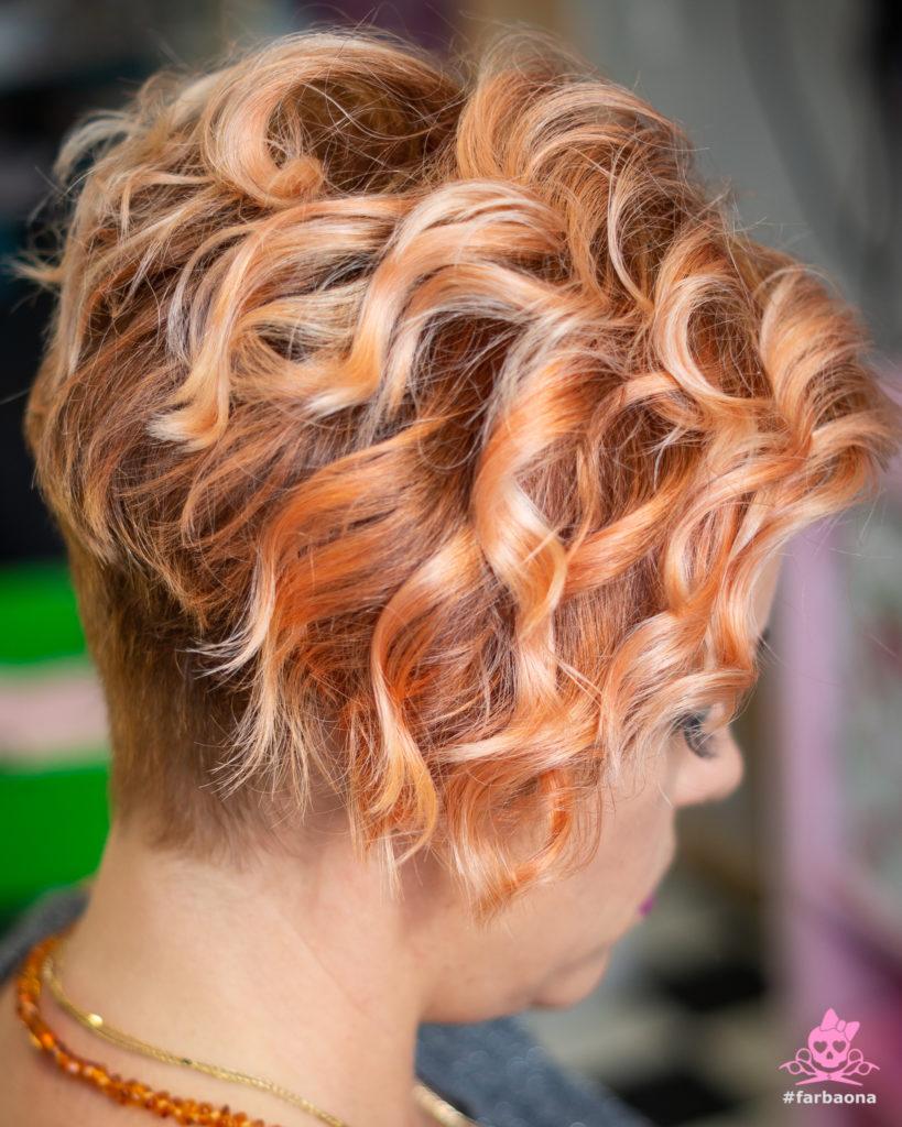 Narančasta boja kose