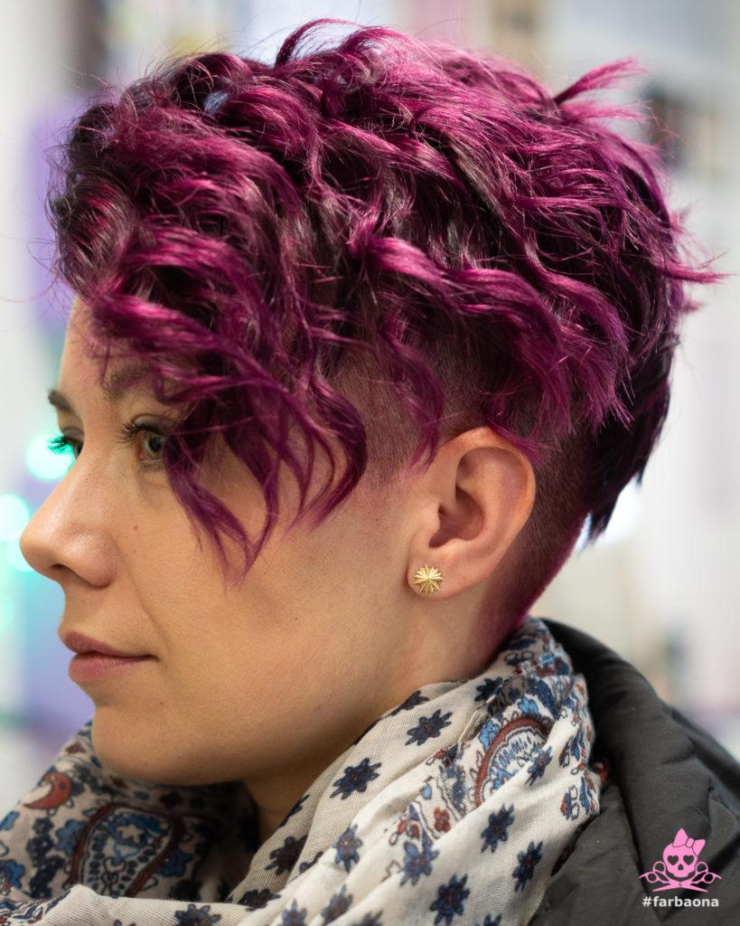 Obojana kosa - ljubičasta