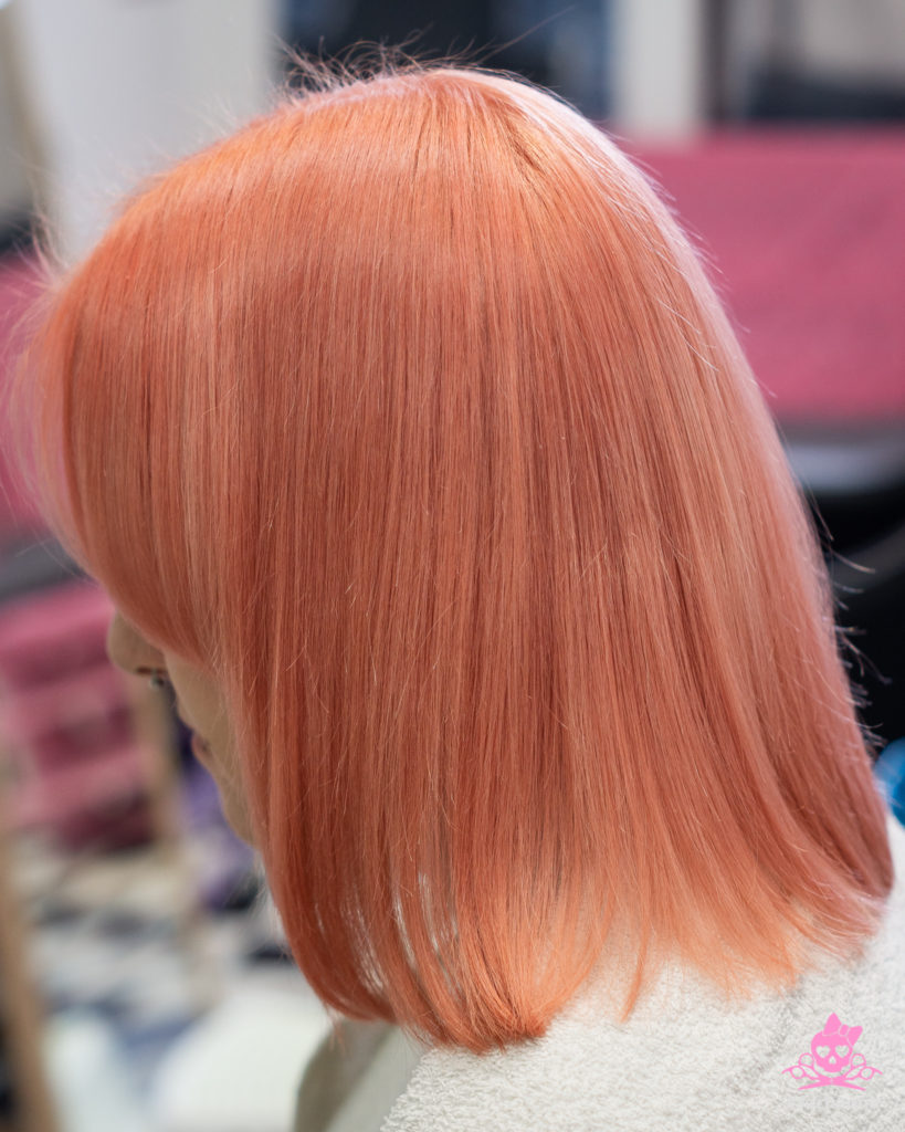 Obojana kosa - boja breskve