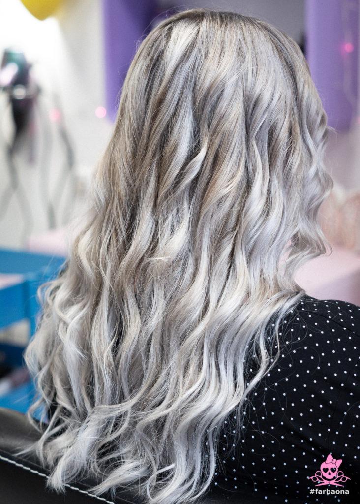 Srebrna boja kose