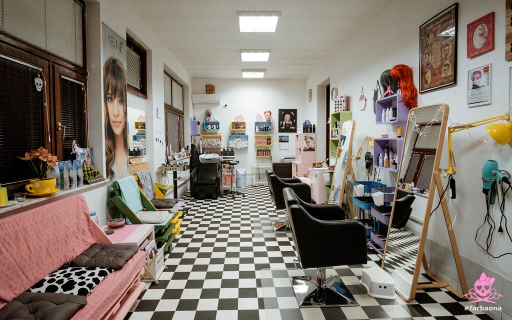 Farbaona frizerski salon - unutrašnjost