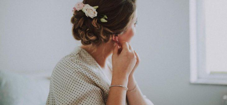 Probna vjenčana frizura